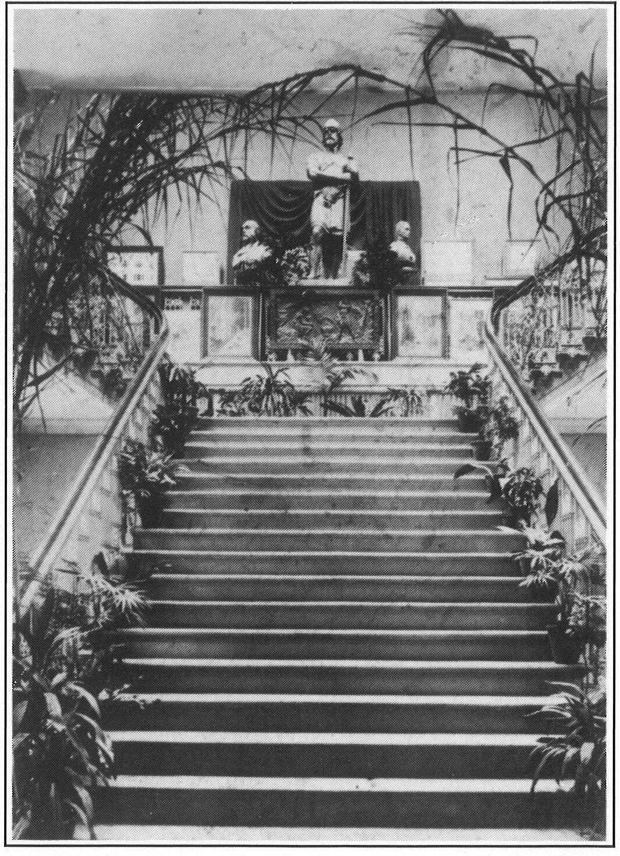 01B_HISTORY_VAS_Stairway_PAST