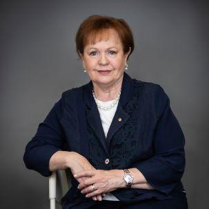 2020_Eileen_President